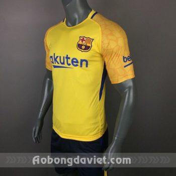 barcelona-17-18-vang_orig